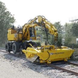 Pelle rail-route (c)